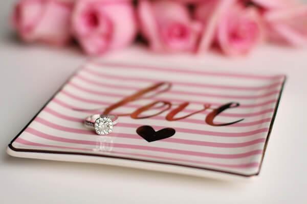hvitfeldt, smykker, og, ure, valentinsdag, valentine, valentines, smykker, trollbeads, georg, jensen, pernille, corydon, gaver, gaveide